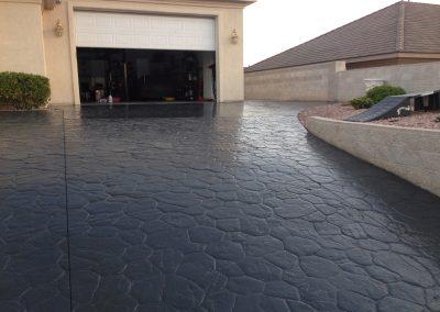 cobblestone concrete driveway